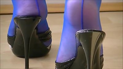 Mature Mules Play In Electric Blue..